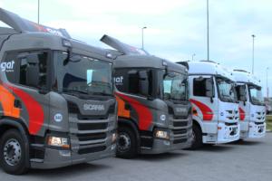Frota da operação de transporte e distribuição de produtos PETRONAS